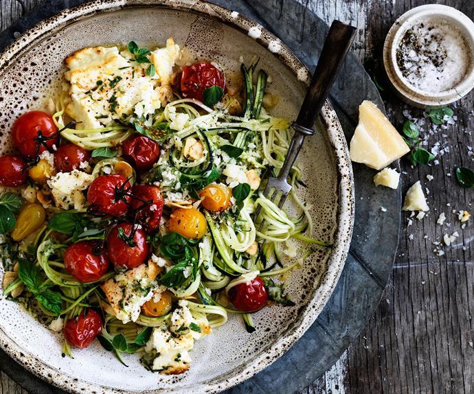 Zucchini 'spaghetti' with tomato and fetta