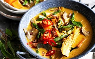 Vegetarian Thai yellow curry