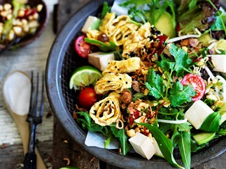 Smoked tofu salad with peanut dressing