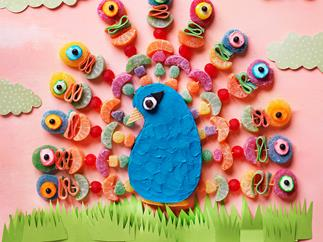 Peacock lolly cake