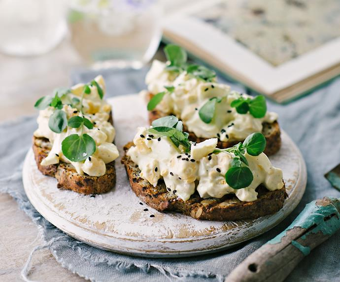 Bantam-egg tartines
