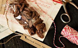 Mexican cocoa pecans recipe