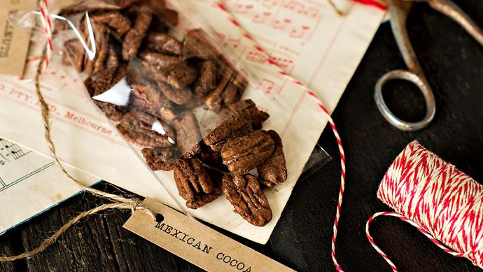 Mexican cocoa pecans recipe