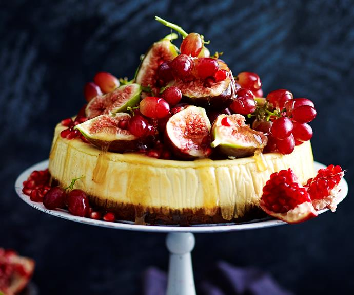 fruit cake 'n' eggnog cheesecake