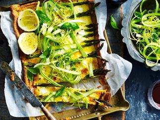 Asparagus and goats' cheese tart