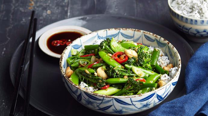 Broccolini and cashew stir-fry with chia rice