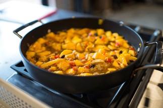 Julie Goodwin's curried mango chutney