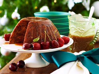 christmas pudding with caramel sauce