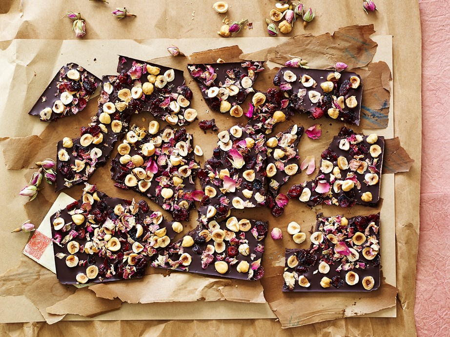 "**[Sugar-free chocolate cherry hazelnut bark](https://www.womensweeklyfood.com.au/recipes/sugar-free-chocolate-cherry-hazelnut-bark-29616|target=""_blank"")**  This sugar-free chocolate, cherry and hazelnut bark recipe is perfect for your health-conscious friends and family who still want to indulge."
