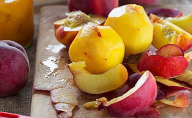 Sugar-free bottled peaches