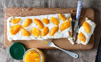 Easy peach cream pie