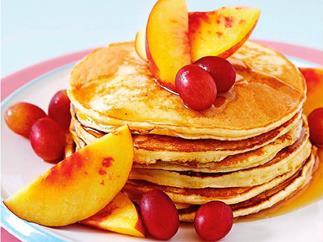 Ricotta and peach pancakes