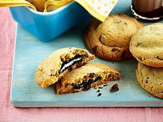 Big-choc-chip Oreo cookies