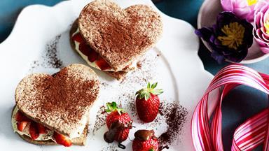 Choc berry shortcakes