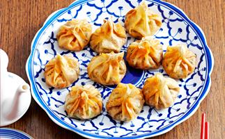Fried vegetable dumplings