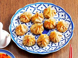 Fried vegetable dumplings