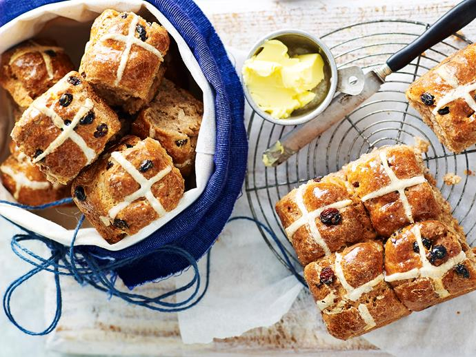 You don't need to miss out on these gorgeous, fluffy sweet Easter treats just because of allergies or intolerances. These gluten free hot cross buns taste just as good as the original recipe (especially with butter)!