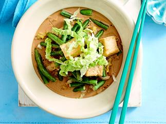 Braised wombok and tofu