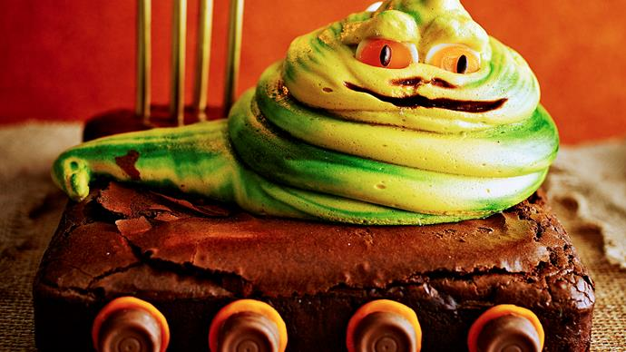 Jabba The Hutt Star Wars brownie cake