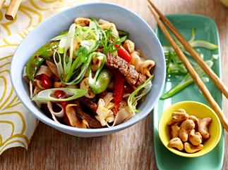 Chilli beef & cashew stir-fry