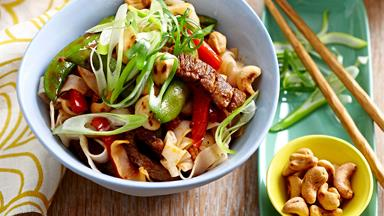 Chilli beef and cashew stir-fry