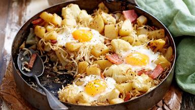 Potato and cauliflower hash with bacon