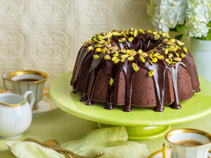 "**[Chocolate Christmas bundt cake recipe.](http://www.foodtolove.com.au/recipes/dark-chocolate-bundt-cake-32285|target=""_blank"")**"