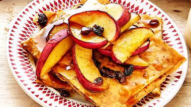 Apple pie filo tart with custard and cream