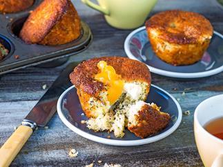 Little lemon and poppyseed cakes