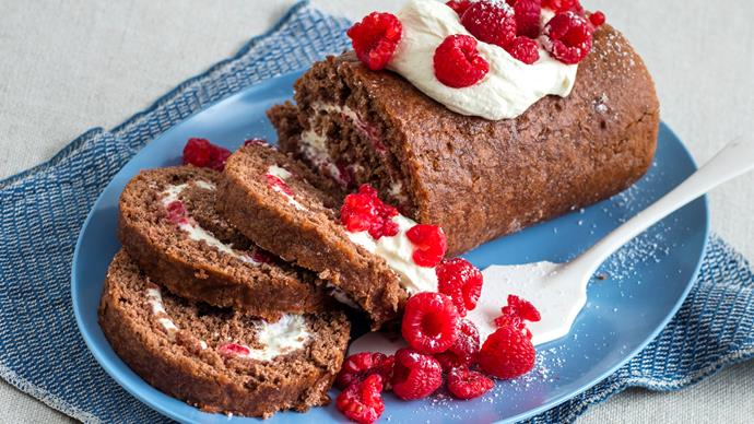 Chocolate roulade with raspberries