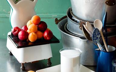 How to make jams, preserves and chutneys