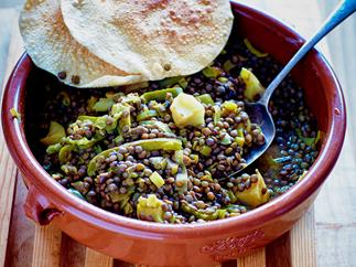 Spiced leeks and lentils