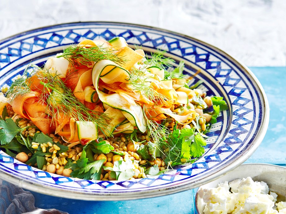 "**[Freekeh salad with spiced vegetables](https://www.womensweeklyfood.com.au/recipes/freekah-salad-with-spiced-vegetables-1638|target=""_blank"")** <br><br> Embrace the lovely flavours of fresh vegetables, zesty Moroccan spices and nutty freekeh in this surprisingly filling summer salad."