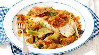 Fish with caramelised fennel and tomato