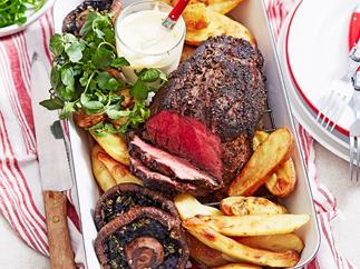 Pepper steak and mushroom roast