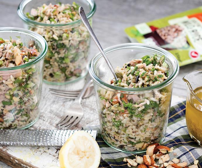 Brown rice tuna crunch salad