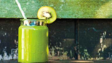 Get up and green smoothie