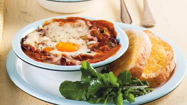Baked bean and egg breakfast pots