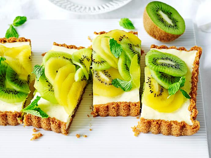 "**[Green and gold kiwifruit cheesecake](https://www.womensweeklyfood.com.au/recipes/green-and-gold-kiwifruit-cheesecake-1689|target=""_blank"")**  Who knew the humble kiwifruit could create such a visual masterpiece? We've used both the green and gold varieties for maximum colour, and flavour, in this gorgeous lemon and vanilla cheesecake."