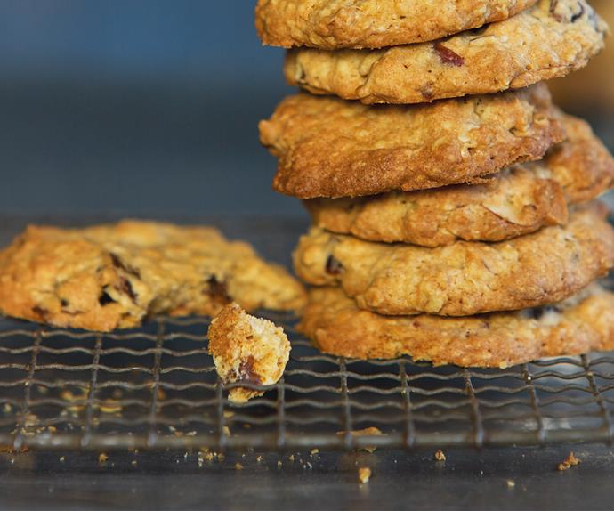 Date, nut and oat biscuits