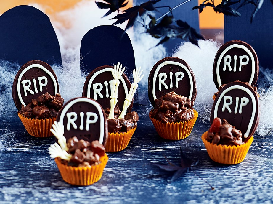 "[**Halloween rocky road graveyards**](https://www.womensweeklyfood.com.au/recipes/rocky-road-graveyard-halloween-treats-1740|target=""_blank"") <br><br> Get creative with rocky road to create these chocolate, rice bubble and lolly 'graveyard' bites make the ultimate Halloween treat that kids and grown-ups will love."