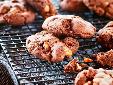 Cashew nut brownie cookies