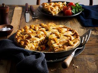 Chicken and veggie lattice pie