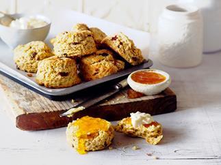 Sweet clementine scones