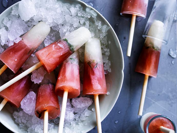 """These refreshing [elderflower, cranberry and mint ice-blocks](https://www.womensweeklyfood.com.au/recipes/elderflower-and-cranberry-ice-blocks-1800