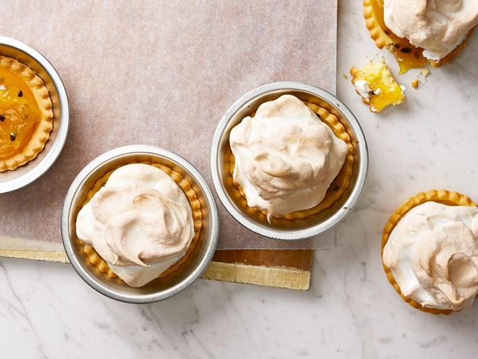 Lemon pie meringues
