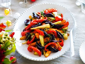 Garlic butter roast carrots, parsnips and capsicums