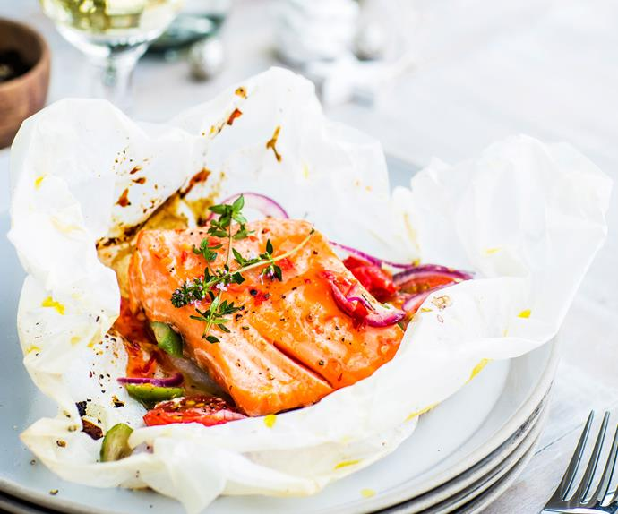 Barbecue salmon parcels