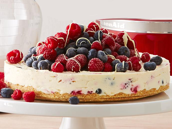 """**[White chocolate and mixed berry cheesecake](https://www.womensweeklyfood.com.au/recipes/white-chocolate-berry-cheese-cake-29018