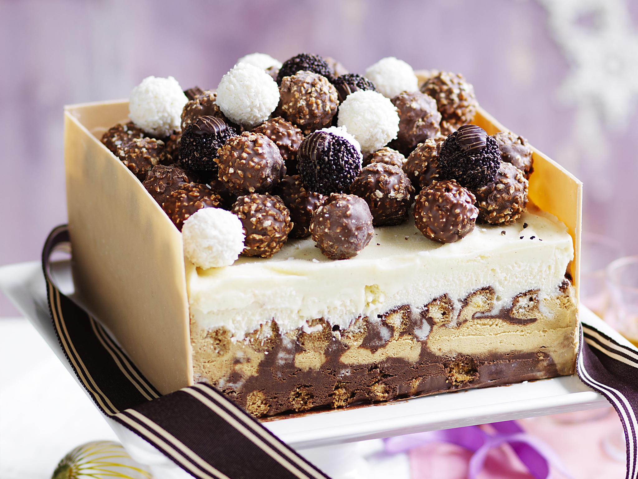 Ferrero Rocher Ice Cream Cake Recipe